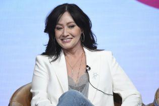"""Шеннен Догерті зізналась, що смерть Люка Перрі підштовхнула її до знімань у новому """"Беверлі Гіллзі"""""""