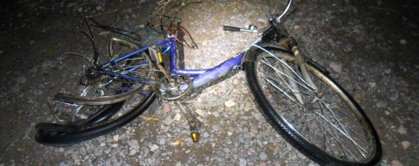 На Ровенщине пьяный подросток на отцовском авто сбил насмерть велосипедиста