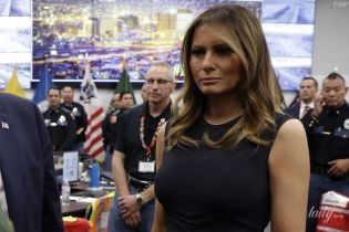 Скромно, но со вкусом: Мелания Трамп с мужем в Техасе