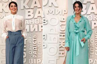 Битва образов Людмилы Барбир: брюки-палаццо vs платье с рюшами