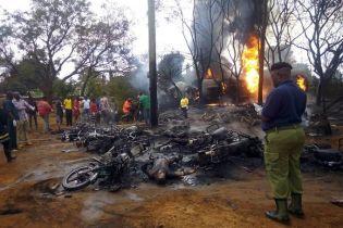 В Танзании из-за взрыва цистерны с горючим погибли более полусотни человек