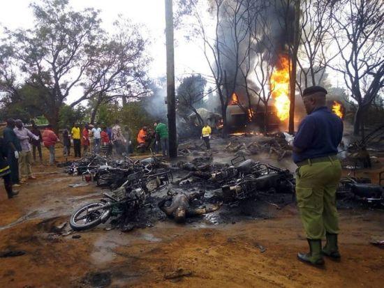 У Танзанії через вибух цистерни з пальним загинули понад півсотні людей