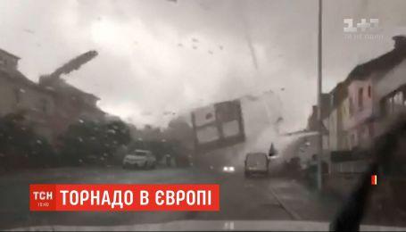Торнадо в Люксембурге разрушил сотни домов и травмировал людей