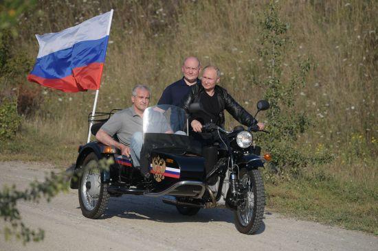 МИД выразил протест на визит Путина в аннексированный Крым