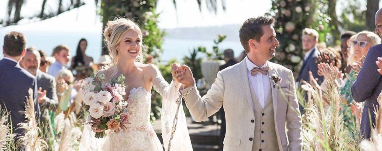 41-річний лідер The Muse Белламі одружився з 29-річною моделлю