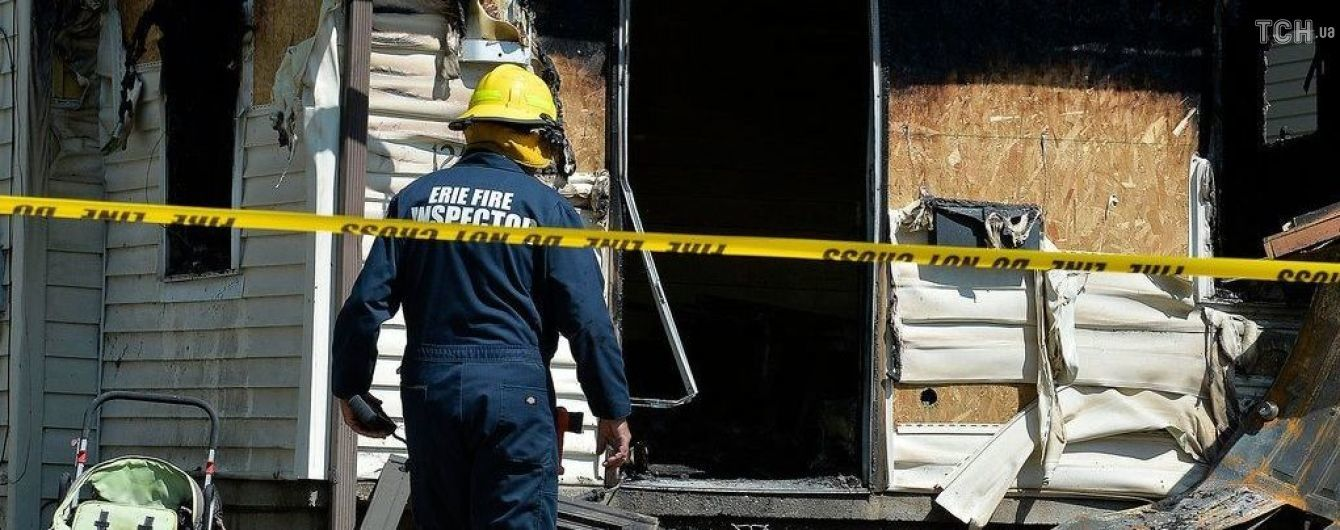 """""""Мы кричали, чтобы дети прыгали вниз"""". В США во время пожара в детском саду погибли пятеро детей"""