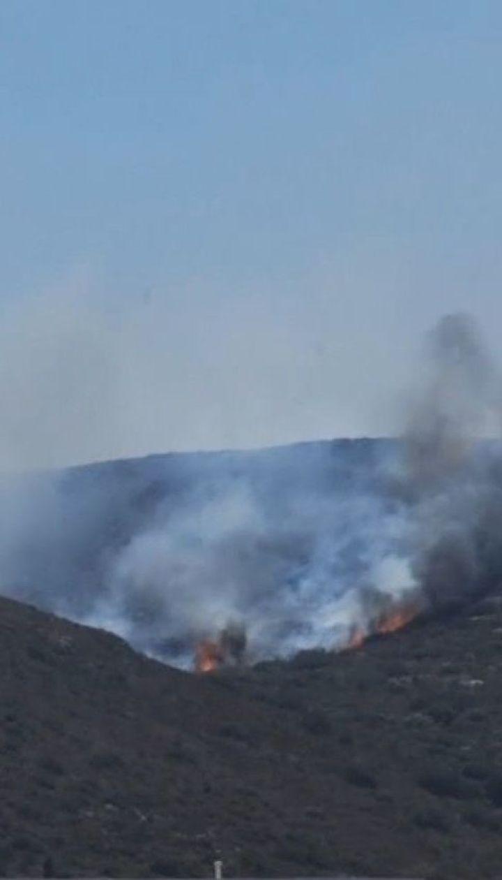 З грецького острова Елафонісос через лісові пожежі евакуювали туристів