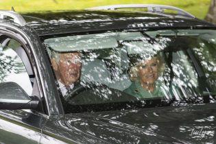 Потрапили в об'єктиви папараці: принц Чарльз і герцогиня Корнуольська в Шотландії