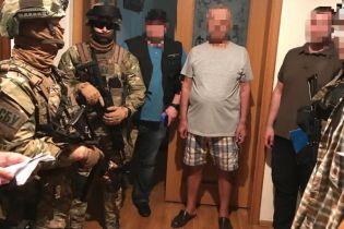 """СБУ задержала """"воров в законе"""", которые собирали миллионы на наркоторговле и разбоях"""