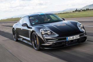 Porsche назвало дату официальной презентации электрокара Taycan