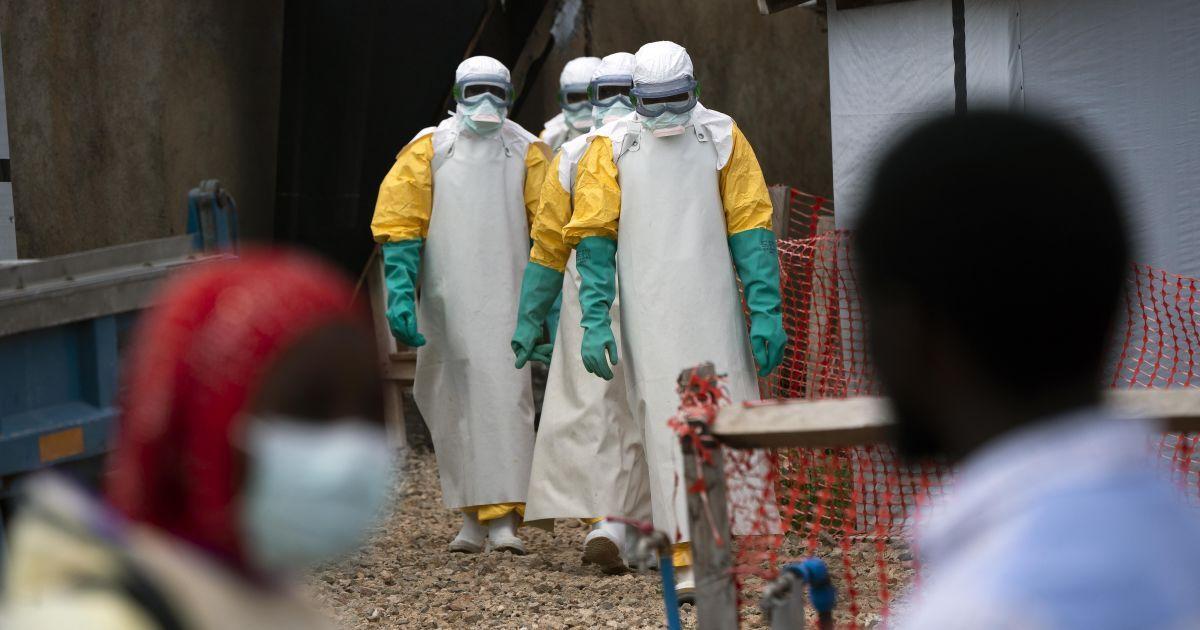 В Гвинее зафиксировали новую вспышку смертельной лихорадки Эбола