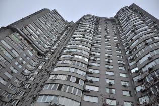 В Одессе тяжелобольной пенсионер выбросился из многоэтажки
