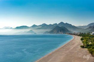 """Туреччина без """"все включено"""": чи варто їхати в Анталію без путівки"""
