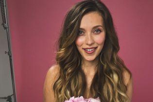Регина Тодоренко растрогала свадебным роликом, где отец ведет ее под венец