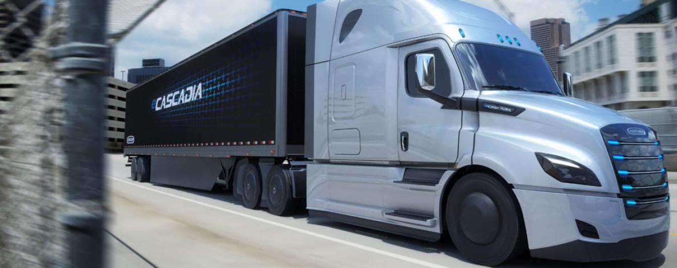 Електрофуру Daimler будуть тестувати разом з Tesla Semi