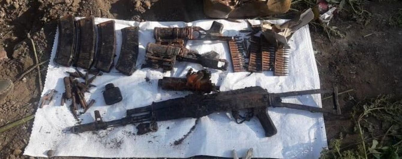 На Луганщине правоохранители изъяли тайник с оружием и боеприпасами