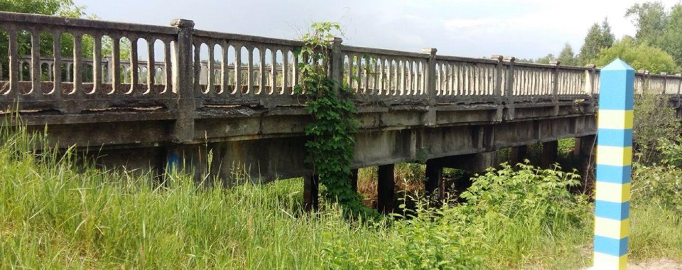 На Житомирщині закрили на ремонт важливий міст на Білорусь. Як об'їжджати