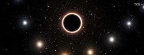 У 75 разів яскравіша, ніж зазвичай. Чорна діра в центрі нашої галактики раптово спалахнула, і ніхто не знає чому