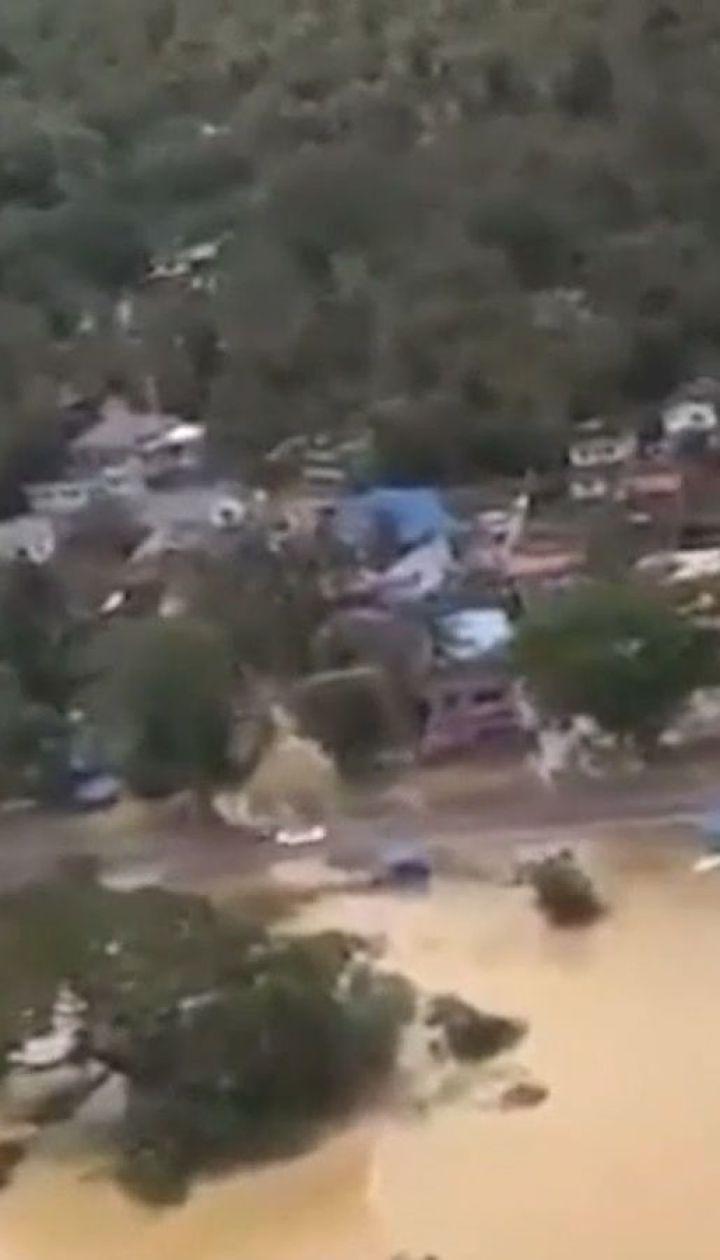 Потужна повінь в Індії: кількість жертв зросла до 244