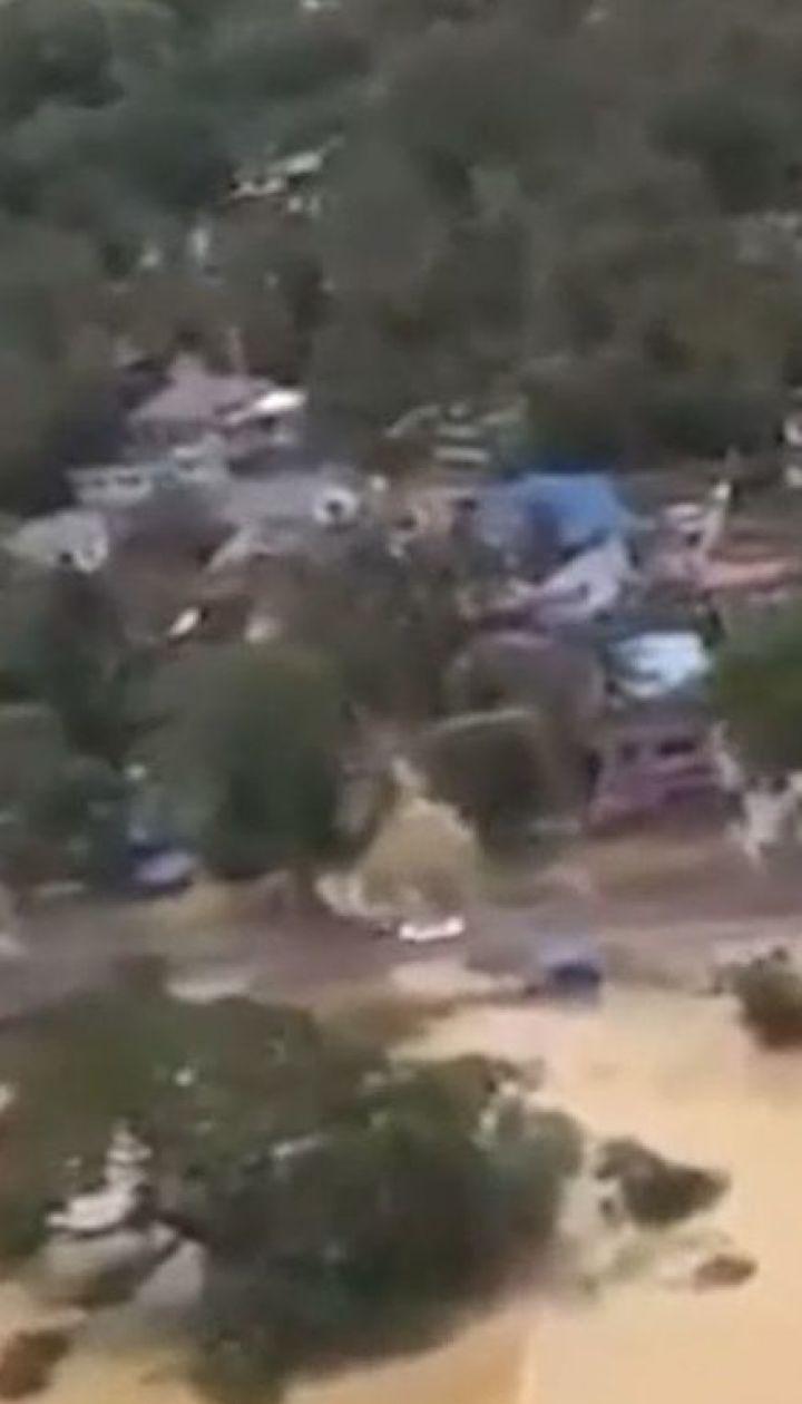 Мощное наводнение в Индии: число жертв возросло до 244