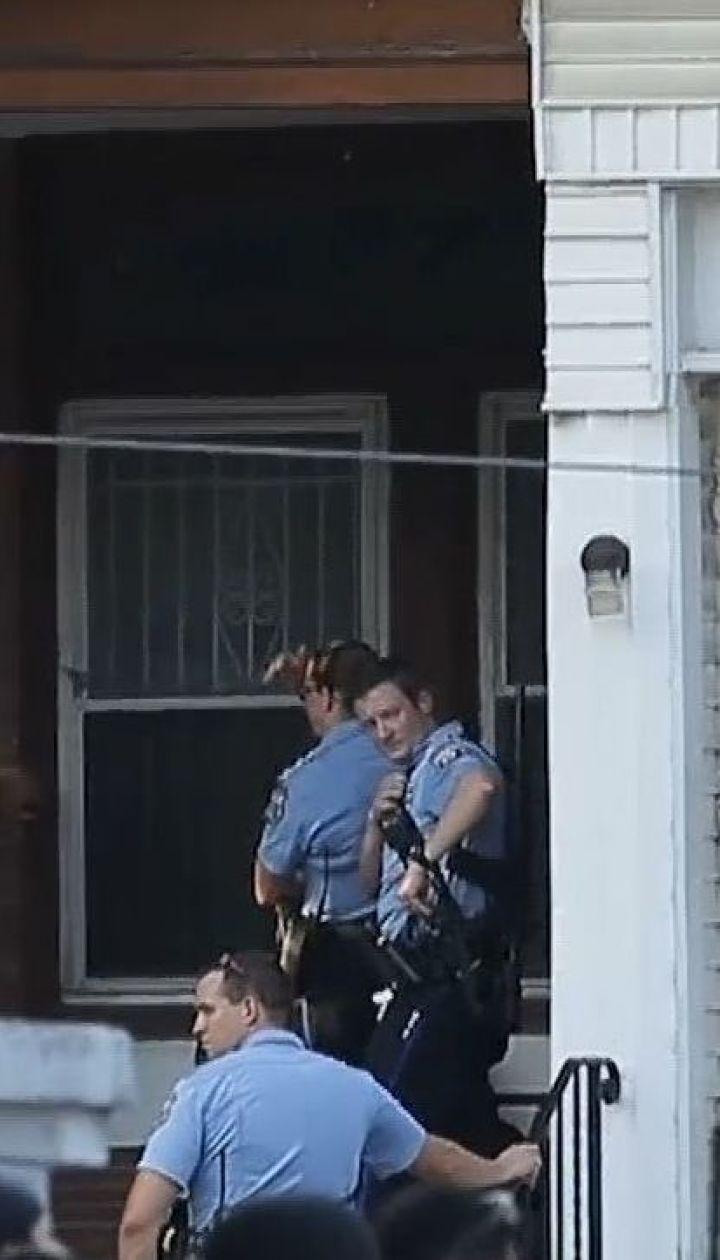 Американська поліція взяла під варту стрільця, який поранив шістьох офіцерів у Філадельфії