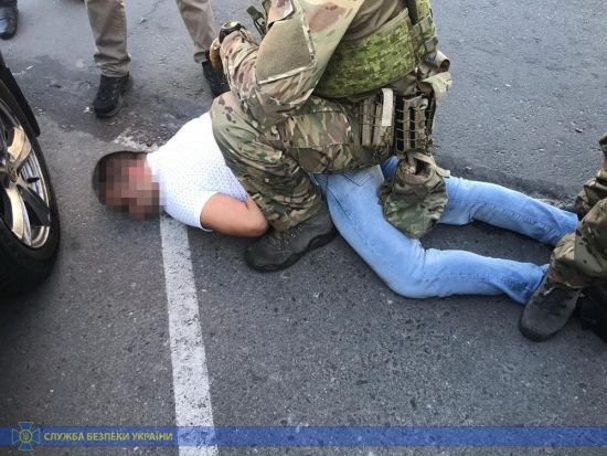 """У Запоріжжі майор поліції """"замовив""""вбивство чоловіка. СБУ встигла запобігти злочину"""