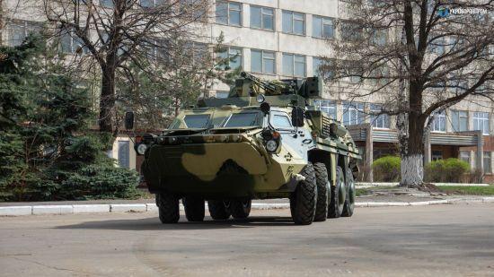 """""""Укроборонпром"""" та Міноборони обмінялися звинуваченнями. Страждає армія, бо не отримує військову техніку"""