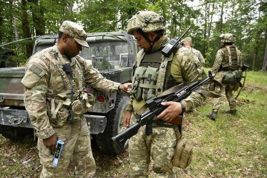 Рота 93-ї бригади увійшла до механізованого батальйону США на навчаннях НАТО в Німеччині