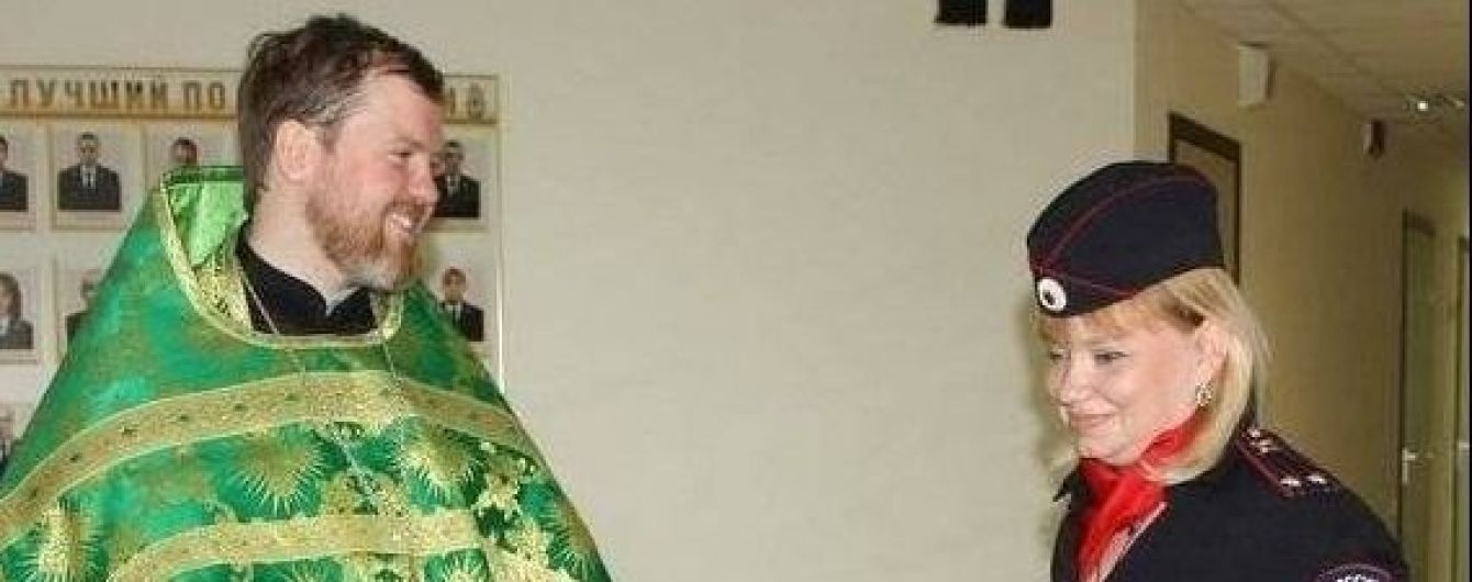 В аннексированной Ялте московский священник подрался с уличным артистом
