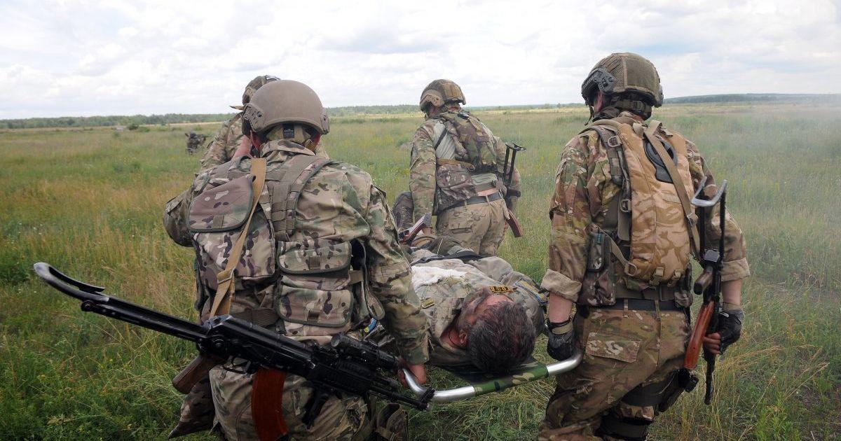 Четверо раненых украинских военных и ассиметричный ответ бойцов на вражеские обстрелы. Как прошли сутки в АТО