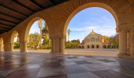У Стенфордському університеті створили новий курс середньовічної фентезійної літератури