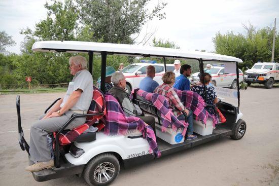 У Станиці Луганській почав курсувати електромобіль