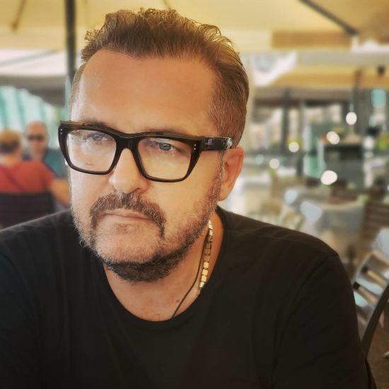 Олександр Пономарьов звинуватив у плагіаті відомого американського співака