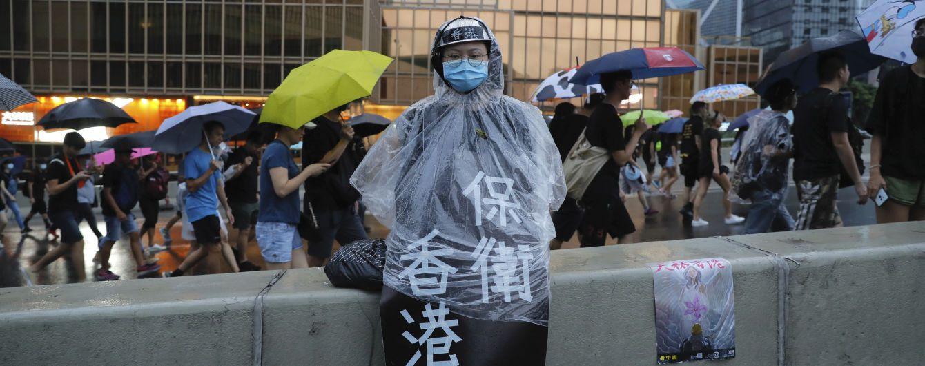 Twitter і Facebook видалили тисячі китайських сторінок через фейки проти гонконгських протестів