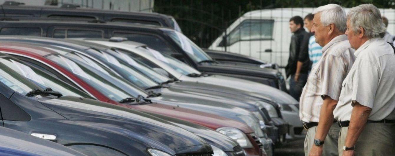 В Украине владельцы элитных авто уплатили почти 90 миллионов гривен налога