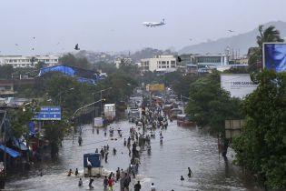 В Индии в результате наводнений погибли уже больше тысячи человек