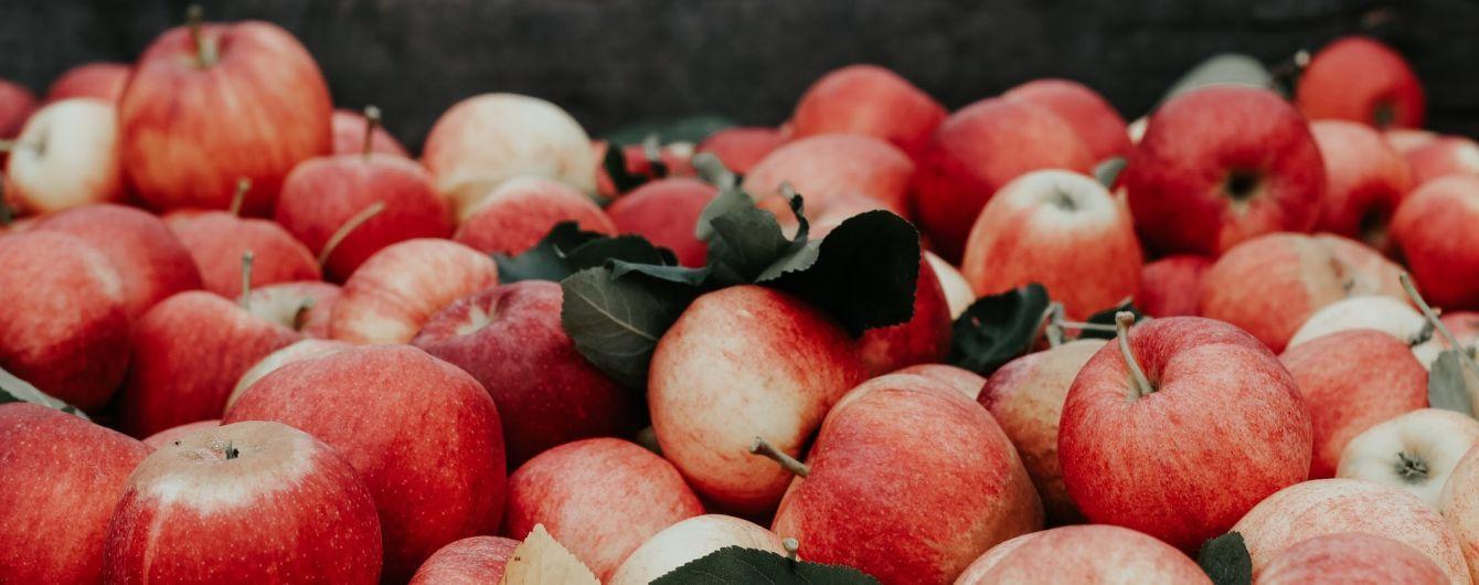 Яблоки и картофель подорожали, а лук подешевел: в Госстате подсчитали наибольшие ценовые изменения на продукты с начала года
