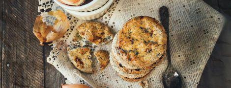 Луковое печенье с маком на смальце