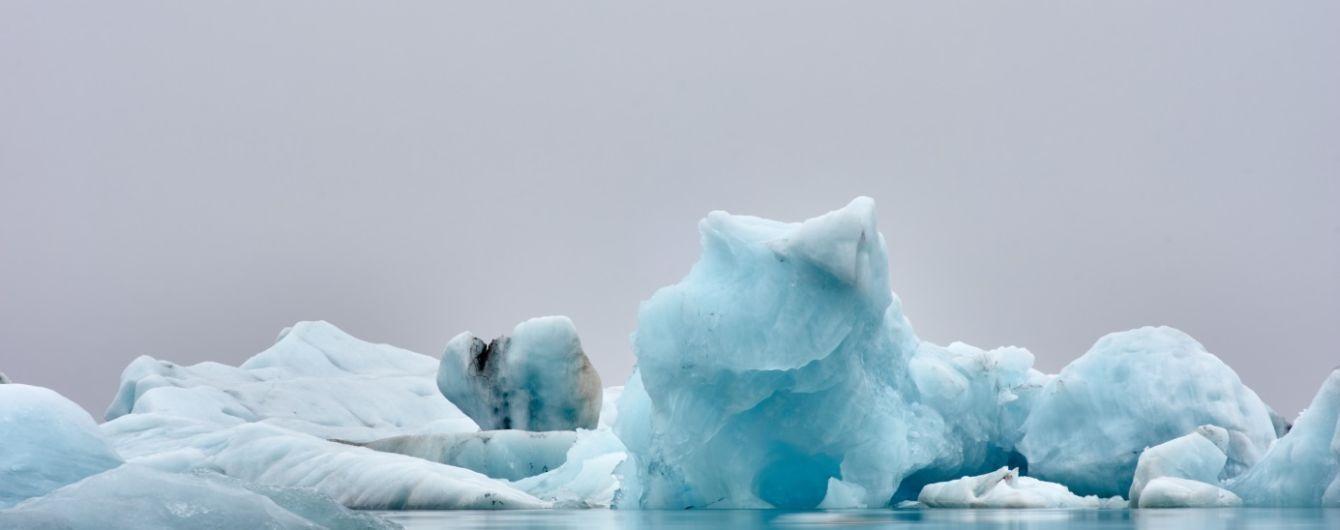 В Антарктиді відколоті айсберги стають небезпечними для туристів