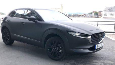 Первый электрокар Mazda засняли на тестах