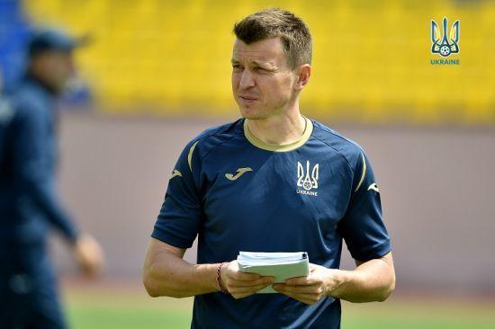 Шапаренка і Русина викликали до молодіжної збірної України на матчі відбору Євро-2021