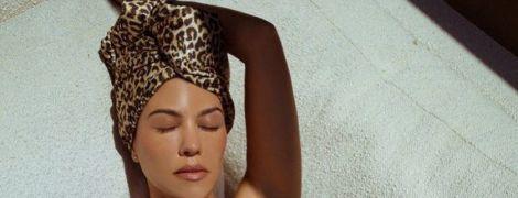 Светит формами в купальнике: Кортни Кардашьян поделилась пикантными снимками