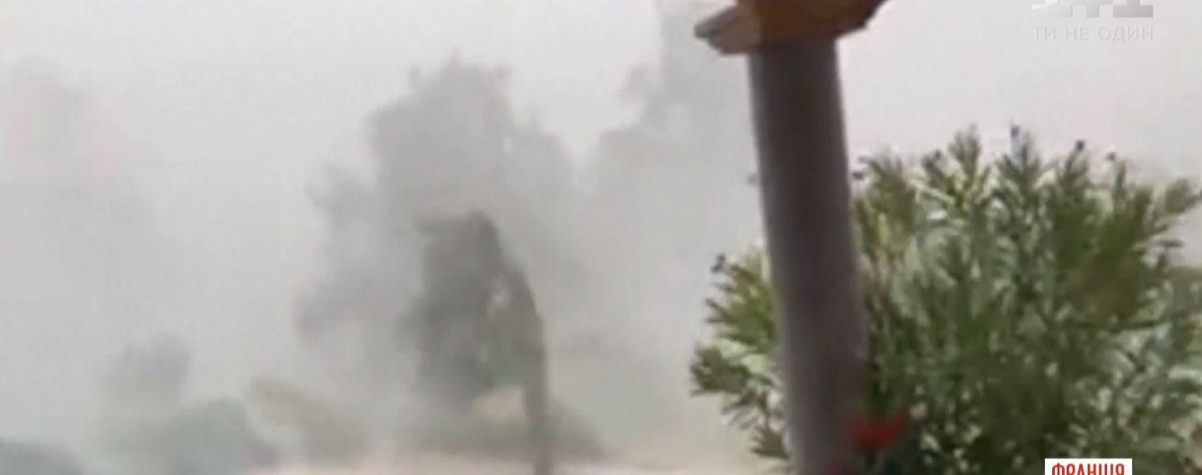 Во Франции прошел разрушительный ураган