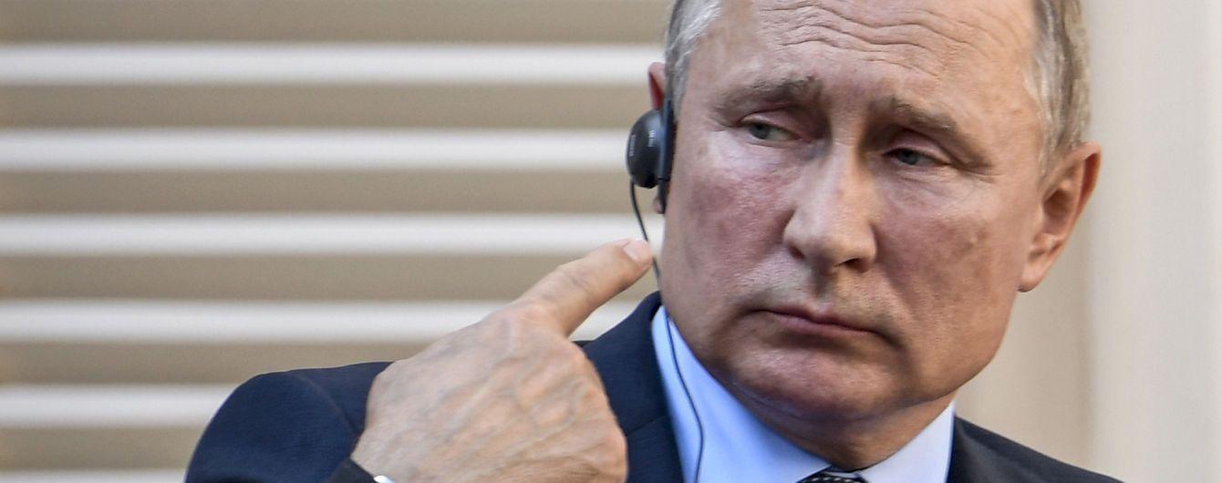Пєсков уникнув відповіді на запитання про станцїї моніторингу радіації, які не працюють