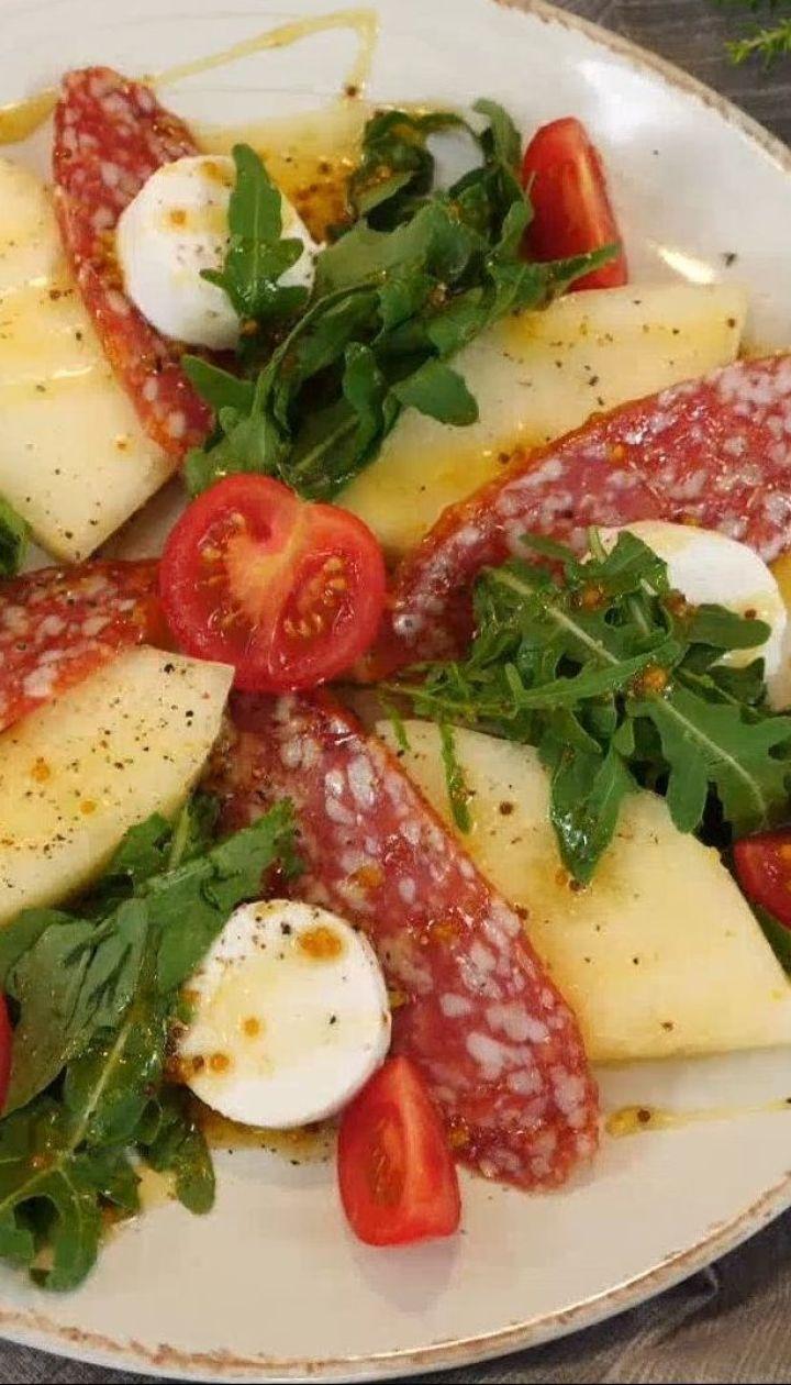 Салат с дыней и салями - рецепты Сеничкина