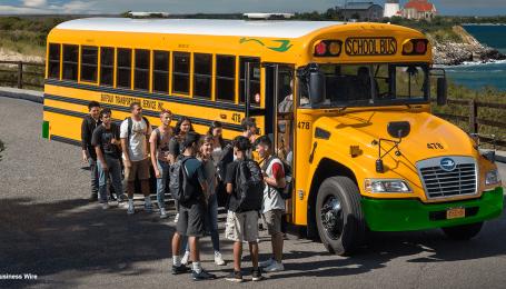 Электробусы Blue Bird повально закупают для школ и университетов Америки