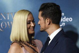Кэти Перри и Орландо Блум растрогали поцелуями во время редкого выхода в свет