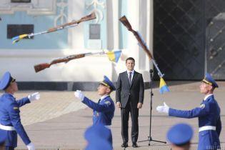 Зеленский присвоил почетные наименования подразделениям украинских защитников