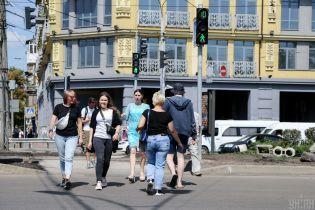 Патрульные напомнили пешеходам правила дорожного движения ужасным видео