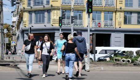 Патрульні нагадали пішоходам про правила дорожнього руху жахливим відео